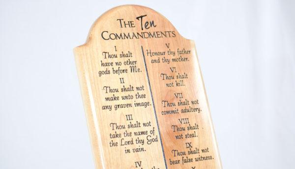 ten commandments wood plaque
